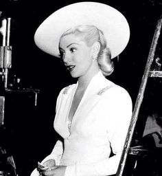 ** Lana Turner **