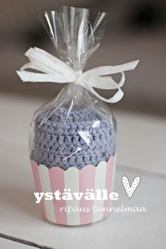An idea for packing Easy Handmade Gifts, Diy Gifts, Diy Projects To Try, Crafts To Do, Diy Christmas Gifts, Holiday Gifts, Xmas, Cata, Diy Candles
