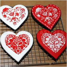 Winterthur Hearts Cookie Cutter and Stencil Set by Designer Stencils     Buy Hearts Cookie Cutter   Stencil Set at discounted price off RRP
