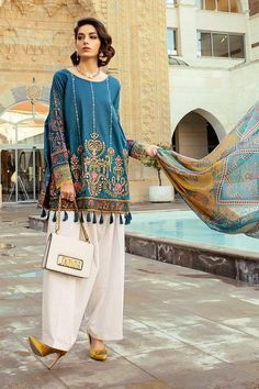 Maria B Lawn Collection 2019 Best Pakistani Designer Summer Dresses – Easy Recipes Pakistani Casual Wear, Pakistani Fashion Party Wear, Pakistani Formal Dresses, Pakistani Dress Design, Pakistani Outfits, Pakistani Designer Clothes, Nikkah Dress, Pakistani Designers, Indian Dresses