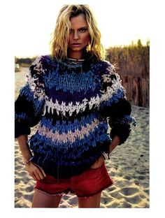 Gooood beach hair, sun kissed hair and best sweater ever!