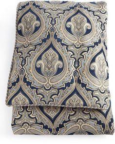 Austin Horn Classics Queen Concord Comforter