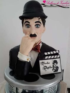Sculpture Charlie Chaplin - cake by Catia guida Gravity Defying Cake, Sculpted Cakes, Disney Cakes, Charlie Chaplin, Piece Of Cakes, Daily Inspiration, Movie Stars, Famous People, Sculpting