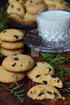 Cookies (Fursecuri americane cu ciocolata) - CAIETUL CU RETETE Pie Dessert, Dessert Ideas, American Food, Sweet Memories, Sweet Desserts, Biscotti, Great Recipes, Yogurt, Goodies