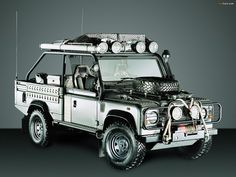 Defender Tomb Raider - basically a camel trophy-equipped high capacity defender in grey