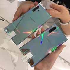 Samsung Galaxy Note 10 or Note 10 Plus? Tag one friend ⬇️💭🙌. Cool Wallpapers For Phones, Electronic Devices, Galaxy Note 10, Good Company, Galaxies, Insta Saver, Smartphone, Samsung Galaxy, Instagram Posts
