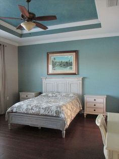 12 Stunning Bedroom Paint Ideas For Your Master Suite: Paint Ideas For Bedrooms With Tray Ceiling Ceiling Paint Design, Ceiling Paint Colors, Ceiling Painting, Colored Ceiling, Bedroom Paint Colors, Wall Colors, Master Suite, Master Bedroom Redo, Master Bedrooms