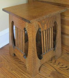 Small Oak Arts U0026 Crafts Era Side Table