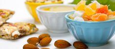 27 Snacks Saudáveis e Protéicos Se você está alimentando-se antes de ir à academia ou apenas tomando um lanche, os snacks ricos em proteínas são a maneira mais saborosa de se manter ativo.  Leia mais...