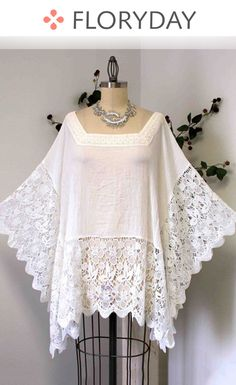 New Designer Plus size Poncho, Lace Poncho, Lace Tunic. Ropa Upcycling, Poncho Tops, Sequin Party Dress, Lace Tops, Refashion, Fashion Outfits, Womens Fashion, The Dress, Diy Clothes
