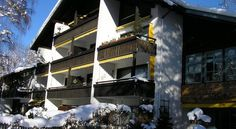 Alpin Ferienwohnungen Garmisch - Partenkirchen Garmisch-Partenkirchen These holiday apartments are situated in the heart of Garmisch-Partenkirchen, just a 2-minute walk from the historic centre and the ski bus stop. They feature their own balcony or terrace and free parking.