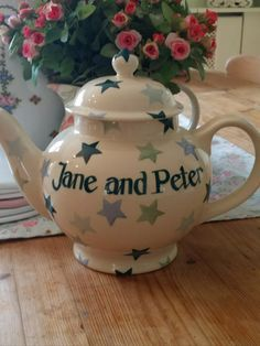 Personalised Winter Stars 4 Cup Teapot 2009 (Discontinued)
