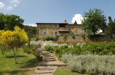 Wonderful garden with stunning views over Tuscany