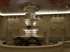 The-Venetian-hotel-&-casino-las-vegas-nevada-sian-victoria-travel-blog-blogger (4).jpg