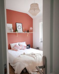 f you haven't yet ventured into the orangeland in your mid-century decor, today we are sharing with you six amazing ways you can use orange in your home. Bedroom Colour Palette, Bedroom Color Schemes, Bedroom Colors, Home Decor Bedroom, Room Decor, Color Terracota, Happy New Home, Orange Home Decor, Girl Bedroom Designs