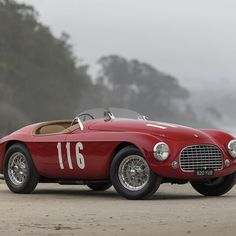 In the market for a $10 million Ferrari? Don't miss the RM Sotheby's sale at Amelia Island on March 10 and 11. The rarified field of 158 vehicles will include a few storied Ferraris and an immaculate collection of classics from the late Orin Smith. Among the prized Prancing Horses present will be a 1961 Ferrari 250 GT SWB Berlinetta.  See link in profile of RobbReport.com staff writer @robbreportviju . . . @ferrari @ferrariusa @rmsothebys #ameliaisland #ameliaislandconcours #rmsothebys…