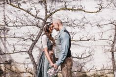 Homepage - KAT ERDÉLYI :: Hochzeitsfotograf Hannover und Niedersachsen Couple Photos, Photography, Outdoor, Lower Saxony, Wedding Photography, Newlyweds, Couple Shots, Outdoors, Photograph