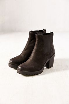 Slide View: 4: Vagabond Grace Platform Leather Ankle Boot