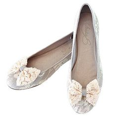 Lace flats as backup shoes for dancing