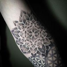 Mandala patternwork by Saskia Viney