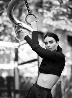 rooney mara thomas whiteside3 Rooney Mara Stars in Calvin Klein Feature for Elle by Thomas Whiteside