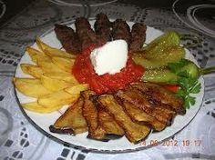 karisik kizartma ve kofte Taste And See, Turkish Recipes, Waffles, Steak, Breakfast, Passport, Presentation, Foods, Morning Coffee