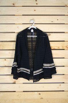 Tienda online de Moda mujer y hombre Chaqueta de guipur en color negra con…