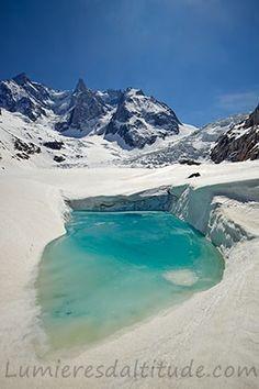 Lac glaciaire sur la Mer de Glace, Chamonix