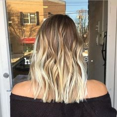 Bronde to Butter Blonde Melt. Color by @ashleyglazerhair  #hair #hairenvy #hairstyles #haircolor #bronde #blonde #balayage #colormelt #highlights #newandnow #inspiration #maneinterest
