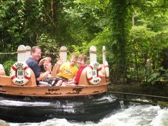 What To Do In Branson, MO? Part 1-Silver Dollar City and White Water. Branson, Missouri, Silver Dollar City, White Water, travel, vacation www.recipesforourdailybread.com