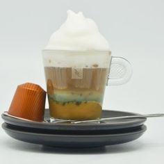Peppermint crisp tart in coffee form. Peppermint Crisp Tart, Caramel Treats, Espresso Shot, Nespresso, Cappuccino Cups, Fresh Mint, Cocoa, Chocolate, Coffee
