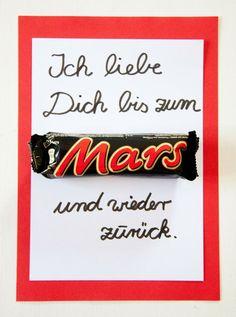 Muttertagskarte. Mothers day card. Muttertagsgeschenke basteln leicht gemacht. Ihr braucht nur ein Mars und ein bisschen Papier. Mehr Ideen auf http://www.meinesvenja.de/2014/05/04/muttertagskarte-basteln/: