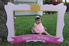 Princess Birthday Frame, First Birthday Party, Photo Booth Frame, Pink Princess Birthday Party Princess First Birthday, Cinderella Birthday, 1st Birthday Girls, First Birthday Photos, First Birthday Parties, First Birthdays, Party Frame, Princesa Jasmine, Photos Booth
