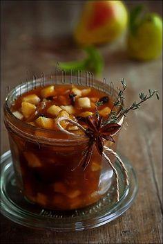 Pear, walnuts and raisin chutney