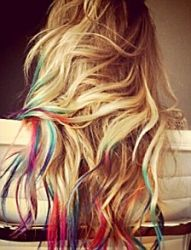 I think my hairdresser would pass out if I asked her to do this to my hair...when it grows out. :)