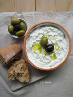 GREECE CHANNEL |  Tzatziki, fresh bread and olives