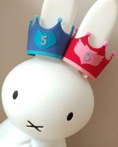 """4 Me gusta, 1 comentarios - ✨ My little Star ✨ (@my_little_star_by_olivia) en Instagram: """"Coronas de cumpleaños de los PJMASKS, Gatuno y Buhita 😍. Por que todos los niños son superhéroes…"""" Little Star, Hello Kitty, Instagram, Home Decor, Birthday Wreaths, Home Interior Design, Decoration Home, Home Decoration"""
