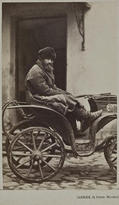 """ghosts-of-imperial-russia: """" Cabman Russia, """" Vintage Photographs, Vintage Photos, Russian Winter, Imperial Russia, Environment Concept Art, Dieselpunk, Historical Photos, Old Photos, 19th Century"""