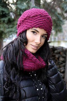 AlloraTEX / Olá - VIOLÍNA KOMPLET ( krátky komín ) Winter Hats, Etsy, Fashion, Moda, Fashion Styles, Fashion Illustrations