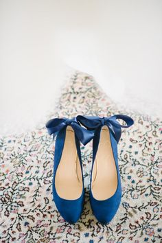 Something Blue Shoes: http://www.stylemepretty.com/little-black-book-blog/2015/03/05/elegant-pink-navy-lowndes-grove-plantation-wedding/ | Photography: Aaron & Jillian - http://www.aaronandjillian.com/