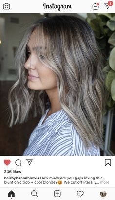 How much are you guys loving this blunt chic bob + cool blonde? How much are you guys loving this blunt chic bob + cool blonde? Cool Blonde, Brown Blonde Hair, Light Brown Hair, Brunette Hair, Hair Color Balayage, Hair Highlights, Ash Blonde Balayage, Honey Blond, Luxy Hair