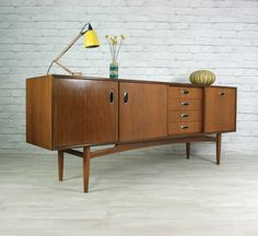 Retro furniture: buy furniture online - find your slash 50s Furniture, Danish Furniture, Buy Furniture Online, Art Deco Furniture, Furniture Styles, Furniture Design, Furniture Cleaning, Country Furniture, Country Decor