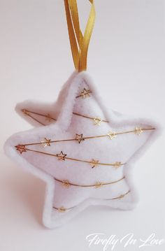 ♥ ♥ FIREFLY IN LOVE ♥ ♥ DETAILS AND DIMENSIONS: ========================== These Christmas decorations in the shape of star, are made from felt. Every star is handmade, which have been carefully created, and unique decorated on both sides. Felt Christmas Decorations, Star Decorations, Christmas Ornaments To Make, Christmas Sewing, Felt Ornaments, Homemade Christmas, Christmas Projects, Felt Crafts, Holiday Crafts