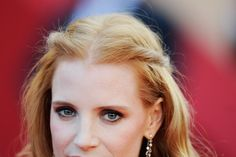 Mary creates two beautiful make-up looks for Jessica Chastain