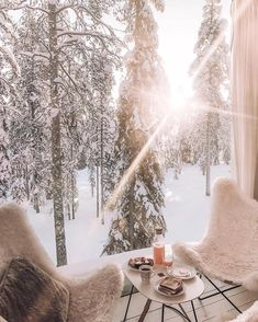 The world's most breathtaking destinations - your next holiday is sorted with our selection of incredible places for your vacation. These are the best of the world's must see locations! Read on for our pick of the most beautiful, mysterious and inc Treehouse Hotel, Finland Travel, Winter Love, Hello Winter, Cozy Winter, Winter Snow, Winter White, Budget Home Decorating, Home Improvement Loans