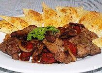 Přírodní drůbeží játra s maďarskou klobásou, cibulí a sýrovými krekry Steak, Cooking Recipes, Beef, Treats, Cooking, Meat, Sweet Like Candy, Goodies, Chef Recipes