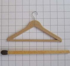 how to: hanger - very clever.  Foreign language but good illustrations.