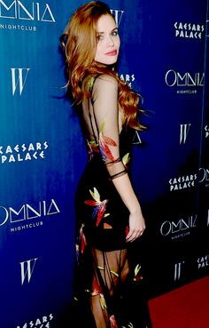 Holland Roden attends the grand opening weekend at Omnia Nightclub at Caesars Palace on April 26, 2015 (such an amazing dress!!!)