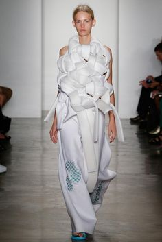Sculptural Fashion Design with experimental knotted structure; wearable art // Parsons MFA
