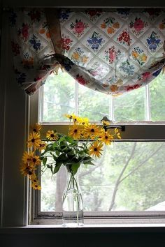 through the window view^ Cortinas Country, Bouquet Champetre, Looking Out The Window, Through The Window, Window View, Window Dressings, Home And Deco, Mellow Yellow, Bright Yellow